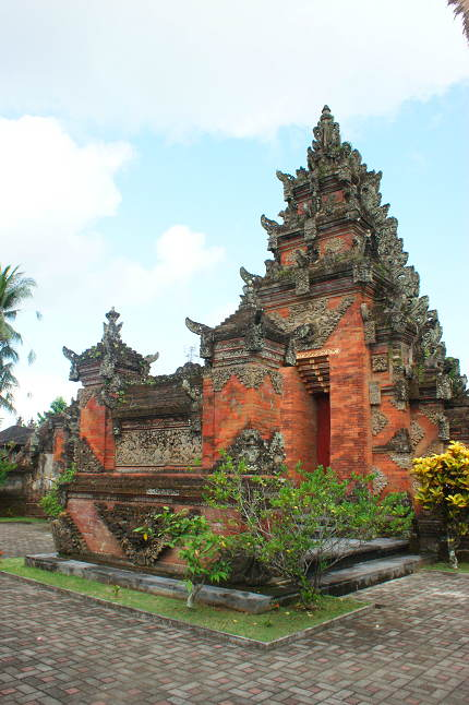 Temple à Banuan _