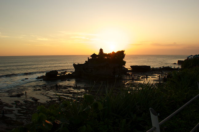 Sunset à Tanah Lot Temple