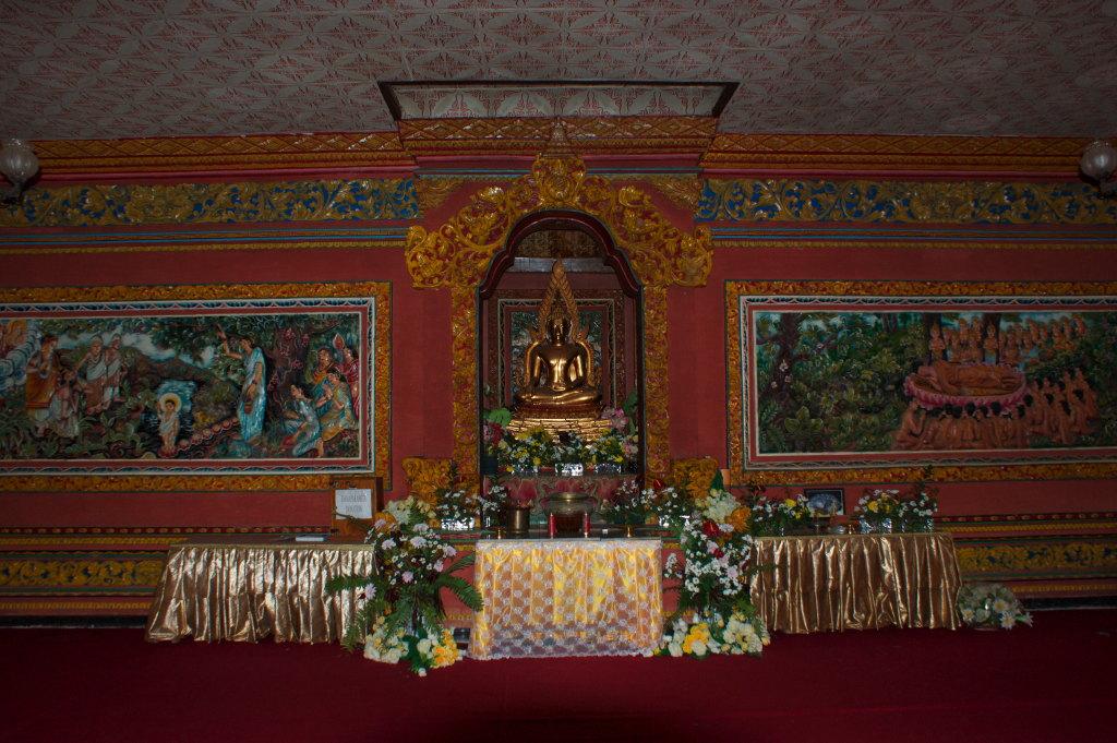 Salle du Temple Bouddhiste de Banjar