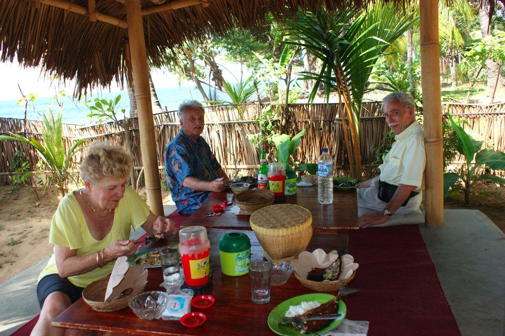 Déjeuner près d'une plage au nord 3